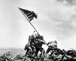 Joe Rosenthal - Flag on Iwo-Jima (1)