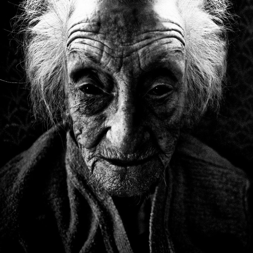 Lee Jeffries - We all get old - 14