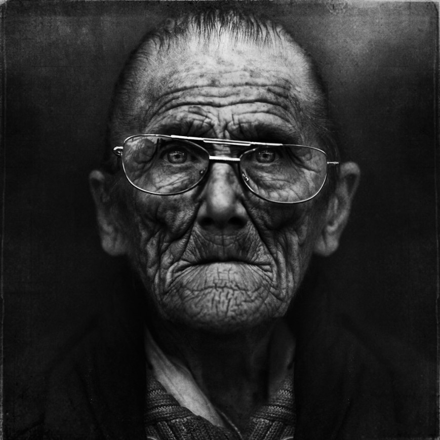 Lee Jeffries - We all get old - 3