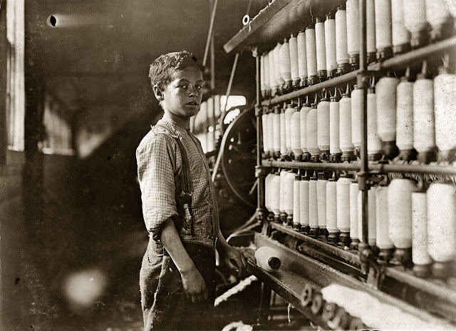 Lewis Hine - Labout children - 8