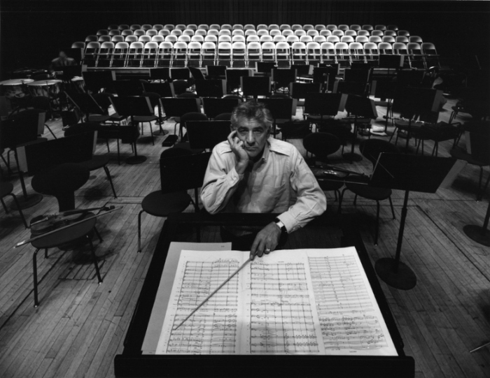 arnold-newman-composer-conductor-leonard-bernstein-philharmonic-hall-new-york-1968-portrait