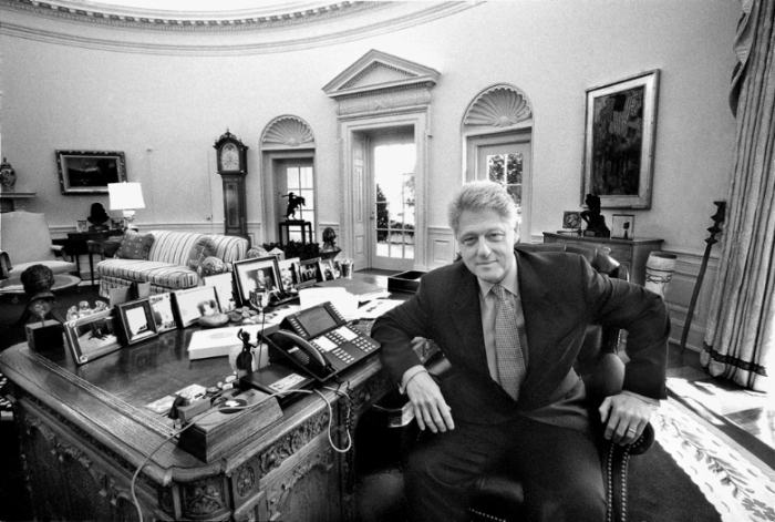arnold-newman-president-bill-clinton-washington-DC-1999-portrait