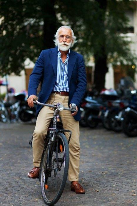 the-sartorialist-blog-september-blue-jacket-bike-gentleman-milan