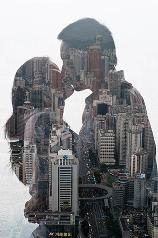 jasper-james-city-silhouettes-kissing-couple