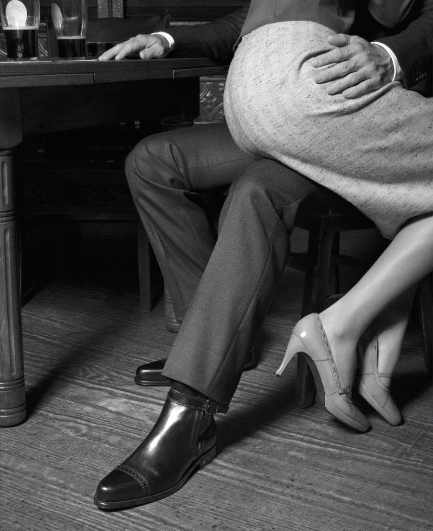 Geof Kern - Woman on man lap