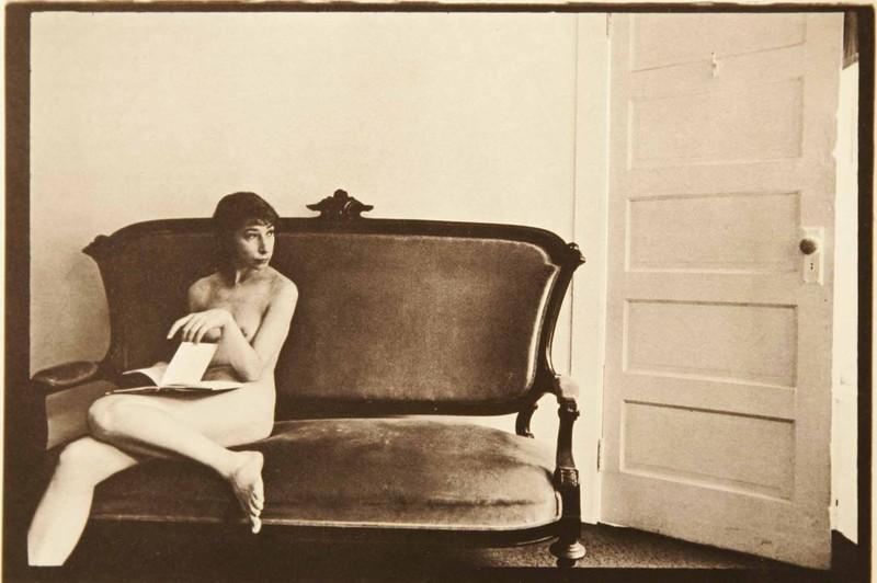 Duane Michals - La femme a peur de la porte - 3