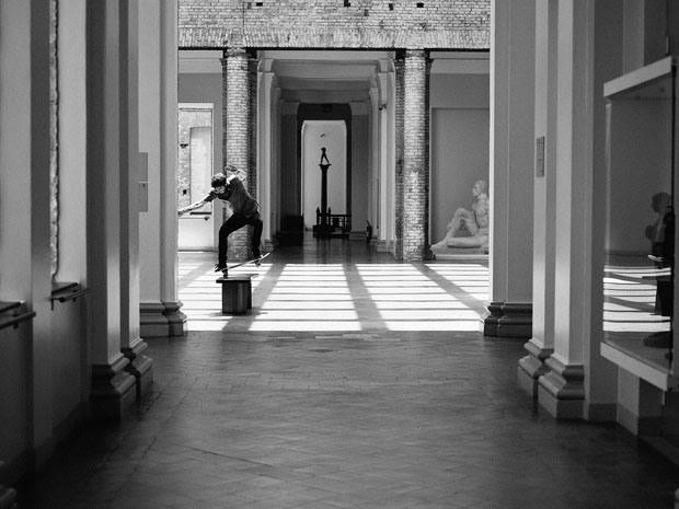 Fabiano Rodrigues skateboard_selfportraits-11