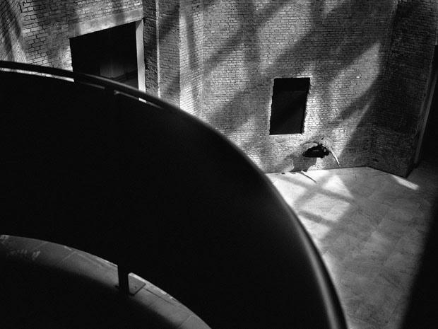 Fabiano Rodrigues skateboard_selfportraits-13