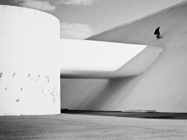 Fabiano Rodrigues skateboard_selfportraits-14