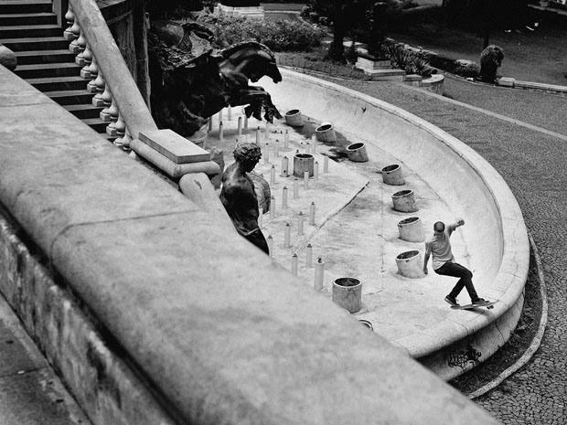 Fabiano Rodrigues skateboard_selfportraits-17