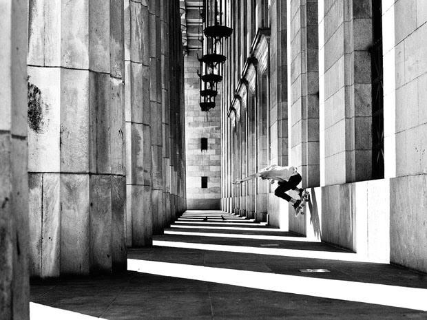 Fabiano Rodrigues skateboard_selfportraits-5