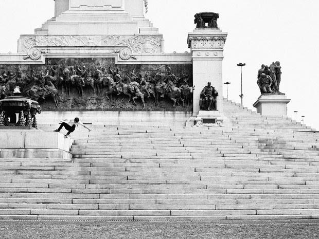 Fabiano Rodrigues skateboard_selfportraits-6