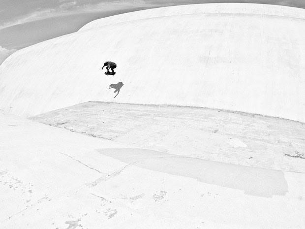 Fabiano Rodrigues skateboard_selfportraits-8