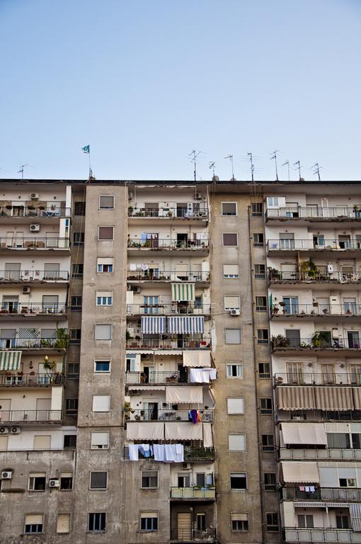 Laundry-Napoli5