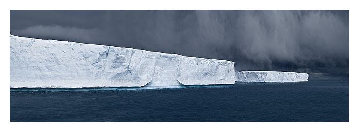 43_tabulars in hope bay_antarctica_2007