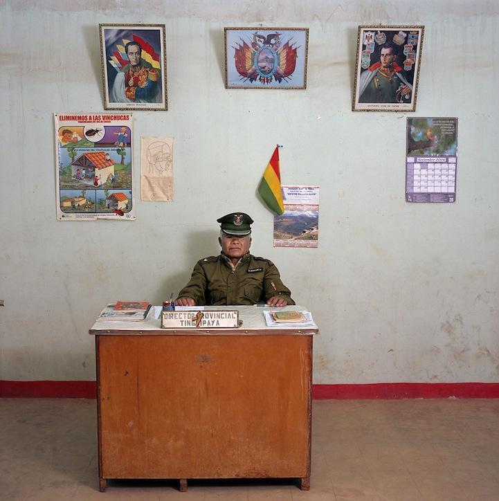 Boliv Bureau 08