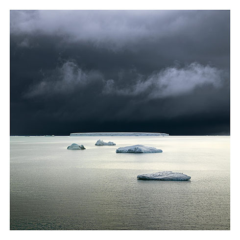 52_five icebergs_weddell sea_antarctica_2007