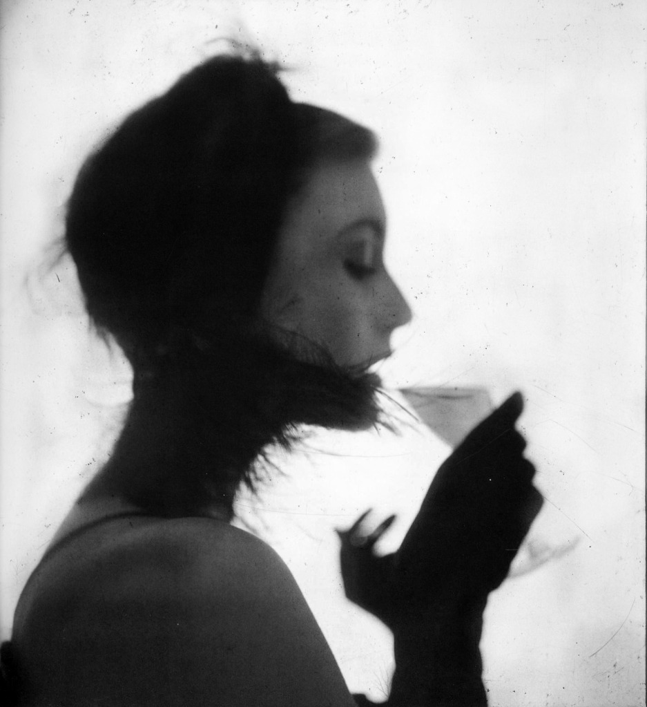 irving-penn-girl-drinking-mary-jane-russell-new-york-1949