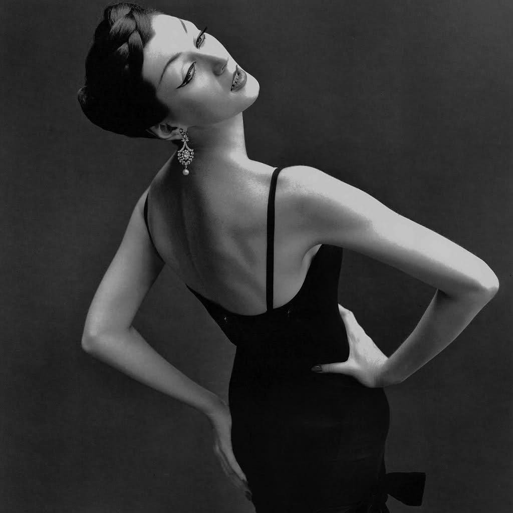 richard-avedon-dovima-1950s