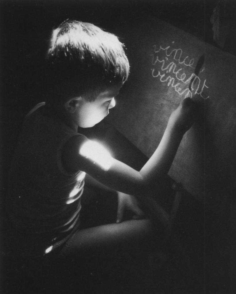 Willy Ronis - 1945 - La leçon d'écriture