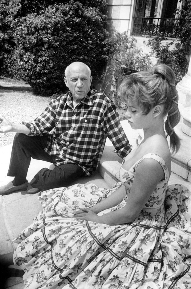bardot-picasso_cannes_1956_03