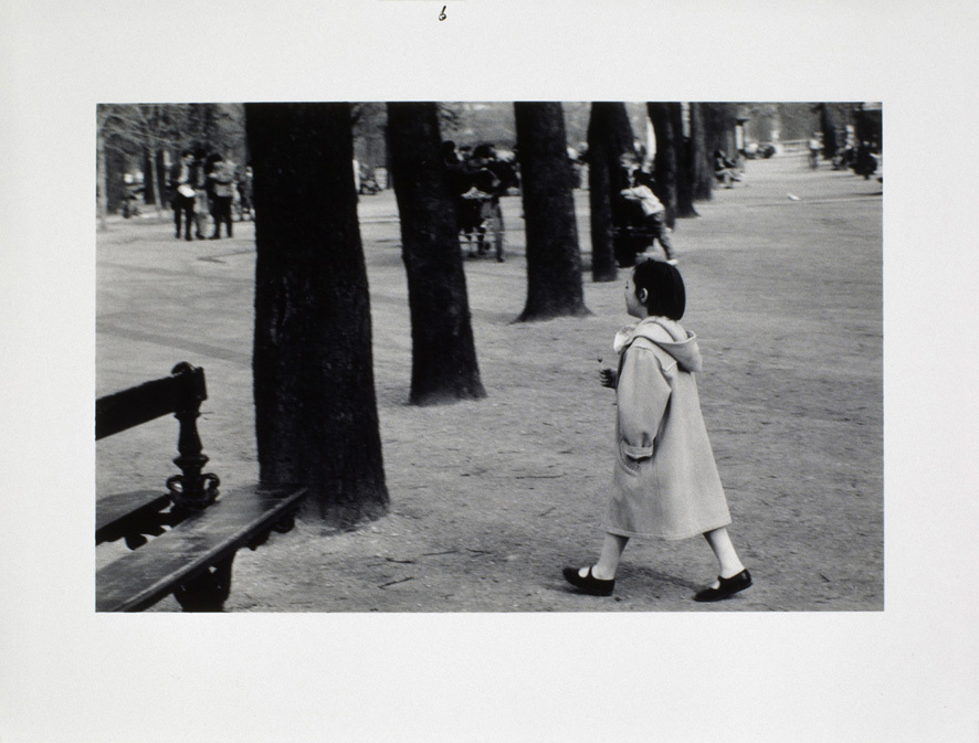 """(extrait de la sŽquence : """"Grandmother and Odette visit the park"""