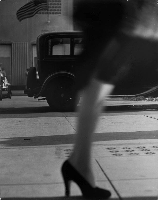 Lisette Model - Running Legs - New York - 1941