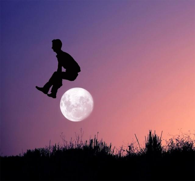 Moon-11-640x594