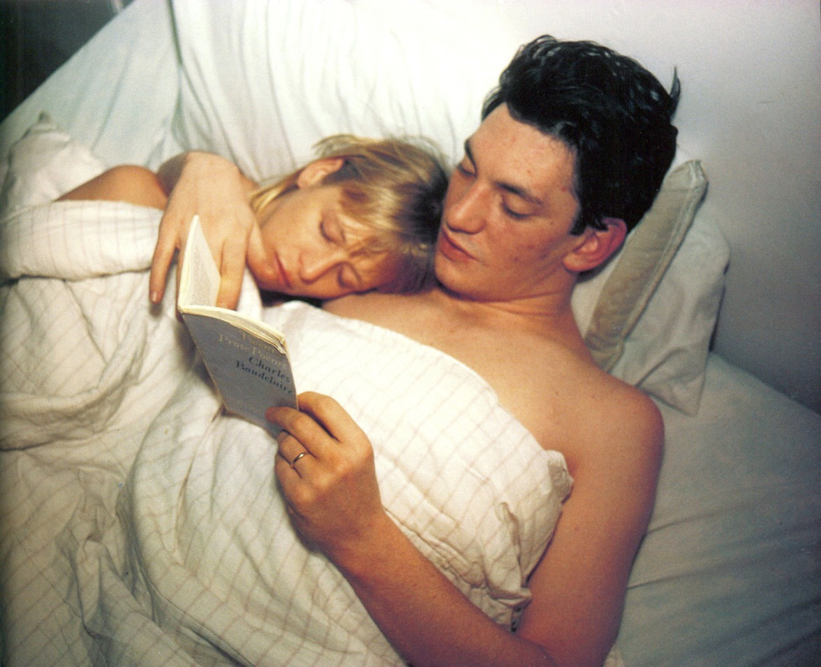 Nan Goldin - Patrick and Teri reading Baudelaire - 1987