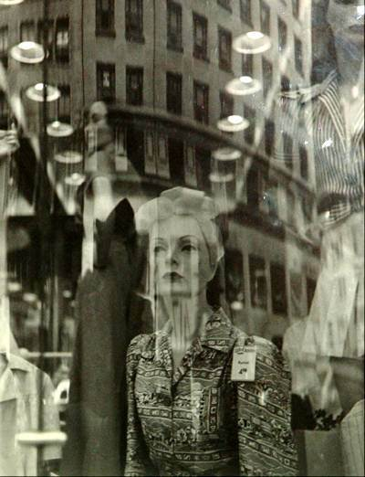 lisette-model-reflections-new-york-1939-1945