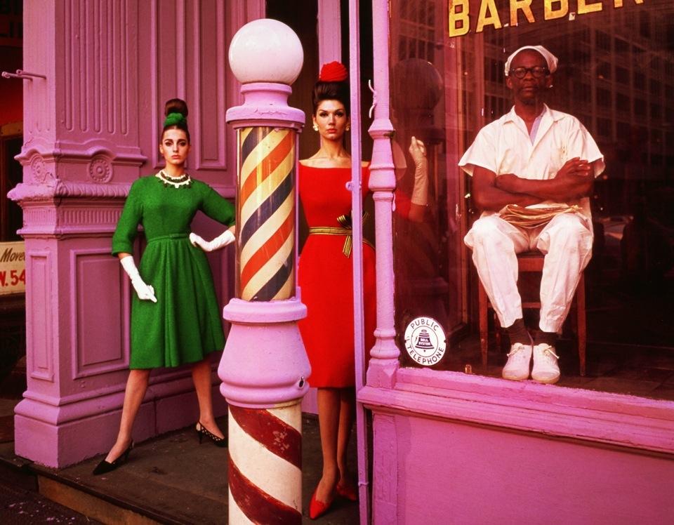 William Klein - Barbershop-New-York-1961-Vogue2