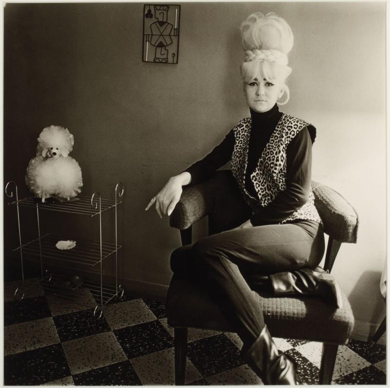 Diane Arbus - Lady Bartender