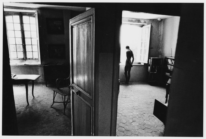 Jeanloup Sieff - At the Hotel de Sauroy
