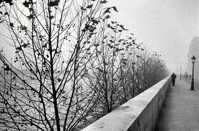André Kertész, The Quais at Early Morning, Paris, 1929