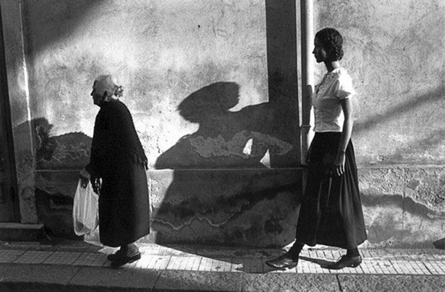 Ferdinando Scianna - ITALY. Sicily. Aci Trezza. 1987
