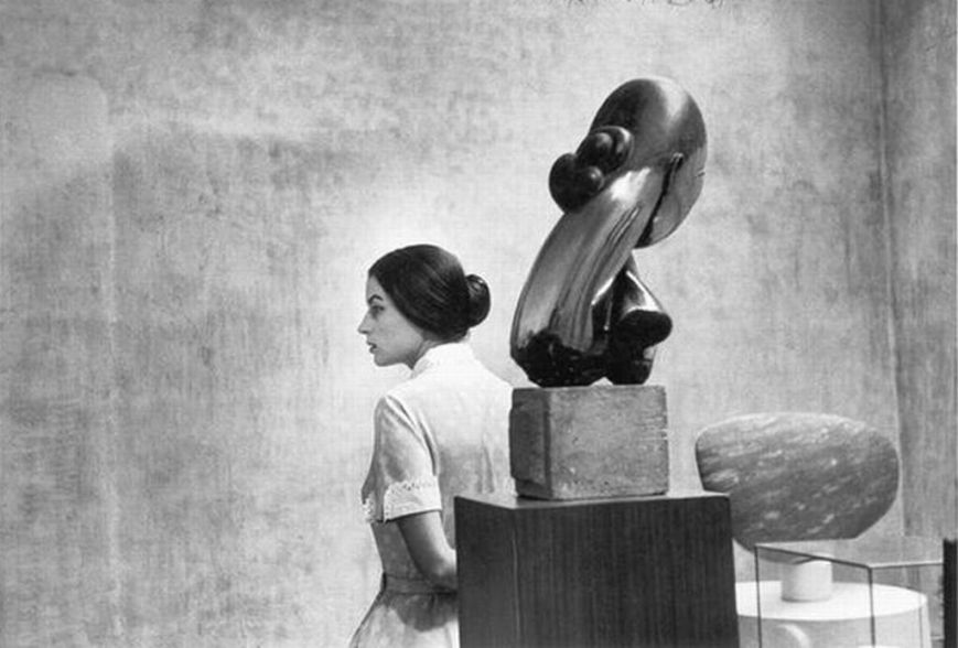 Eve Arnold, Silvana Mangano with Brancusi at the Museum of Modern Art, New York, 1956