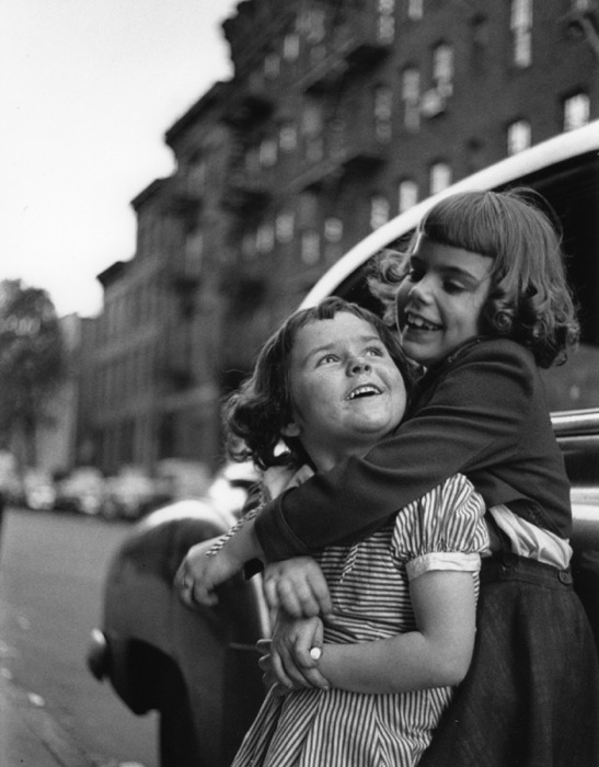 Ruth Orkin, Friends, NYC, 1947