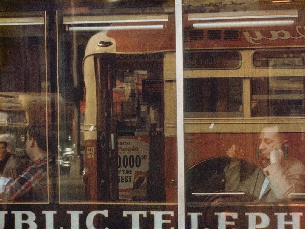 saul-leiter-phone-call-ny-1957