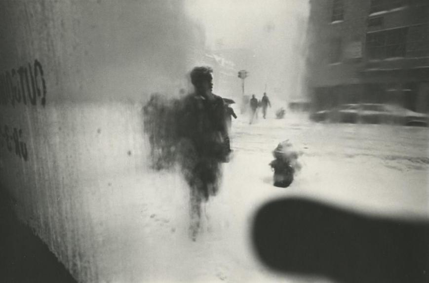 Snow, 1960 --  Gelatin silver print. (Photograph by Saul Leiter)